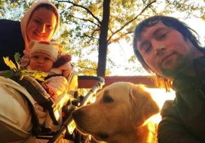 Если вместить в одно слово, что дает собака детям, то это будет любовь